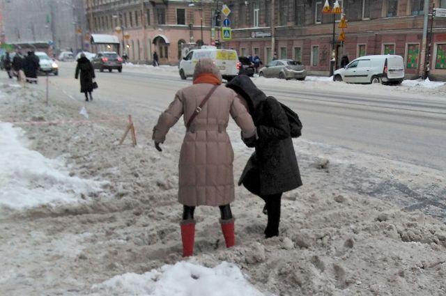 Ходить по улицам Петербурга некомфортно и опасно.