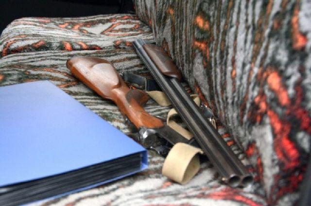 В Соль-Илецке двое мужчин ответят в суде за кражу оружия
