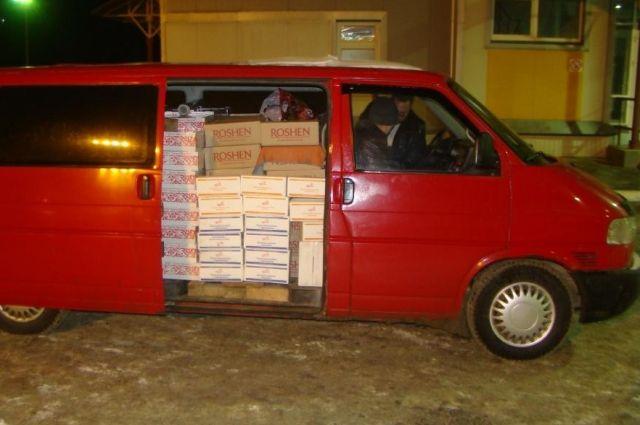 В Оренбуржье пограничники не пропустили санкционные конфеты с Украины