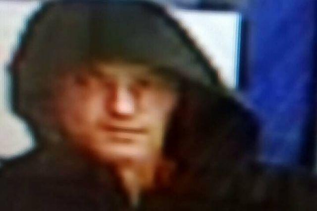 В Орске разыскивается подозреваемый в магазинной краже