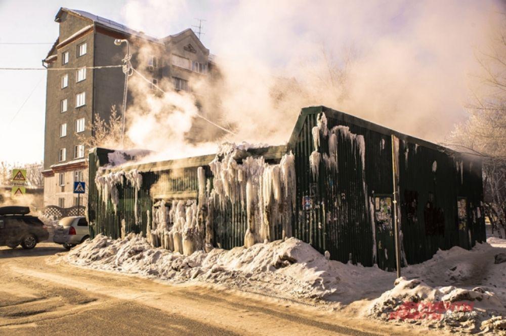 За неделю морозы спровоцировали коммунальные аварии в разных районах города — их устраняют довольно быстро.