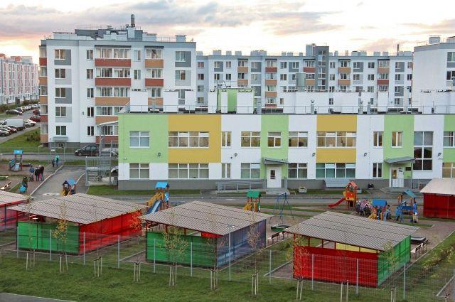 Во втором квартале 2018 года компания сдала в эксплуатацию четвёртую очередь строительства ЖК «Новый Петергоф», а вместе с ней и детский сад, рассчитанный на 175 мест.