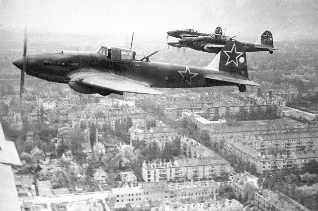 Ил-2 в небе Германии