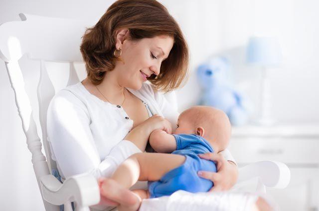 Вечный младенец. После какого возраста ребенка не стоит кормить грудью?