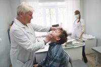 С корью ни в коем случае нельзя пытаться справиться без участия врача.