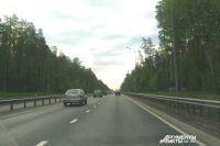 Горьковское шоссе постоянно испытывает повышенную нагрузку.