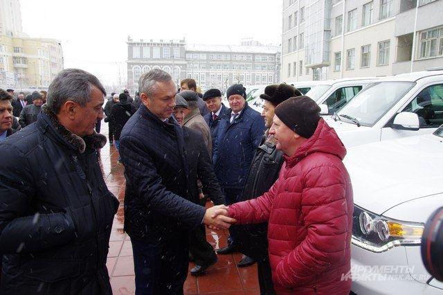 Андрей Травников посетил важные объекты Бердска.