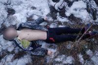 В городе Покровск Днепропетровской области в четверг, 7 февраля, обнаружили повешенным на мосту подростка.
