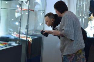 Рома Зверь посетил Музей чувашской вышивки