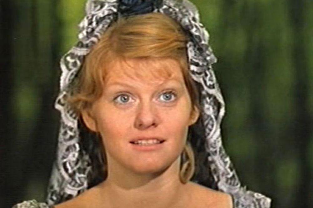 «Дуэнья» (1977) — Инесса, дочь Джеромо.