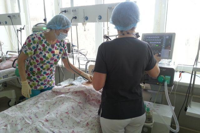 Пострадавшая получила закрытую черепно-мозговую травму, автотравму, тяжёлый ушиб мозга, кому первой степени.