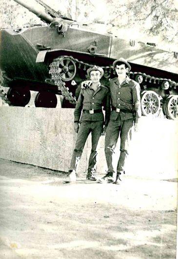 Рядовой Сергей Владимирович Бережной (на фото справа), г. Кабул, 1981-1983 гг. 357 полк ВДВ.