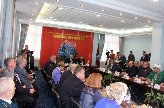 В Оренбурге и области проходят торжественные мероприятия в честь 30-летия вывода советских войск из Афганистана.