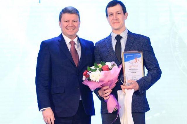 С заслуженной победой финалистов конкурса поздравил мэр Красноярска.
