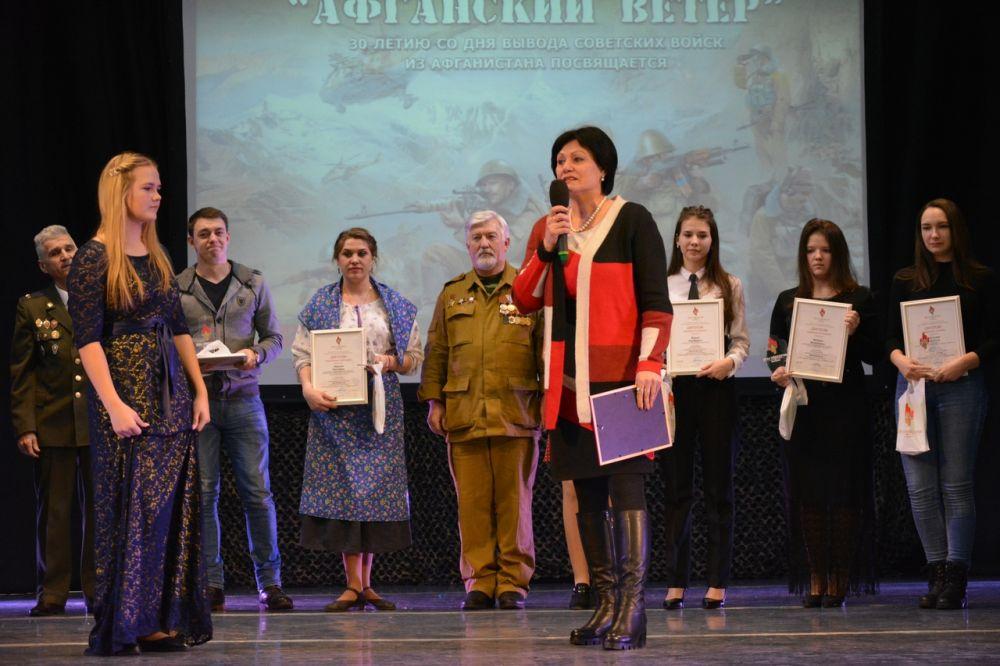Специальный приз от «АиФ – Красноярск» вручили студентке техникума из Сухобузимского района Наталье Самусевич.