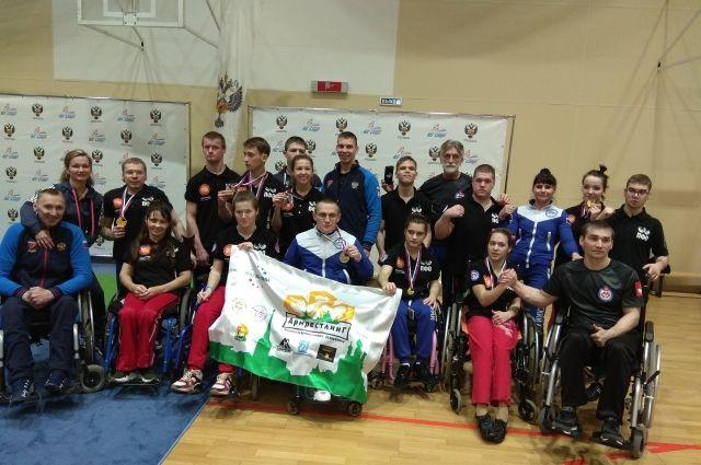 Команда Пермского края увезла много наград с соревнований по пара-армрестлингу из Сочи.