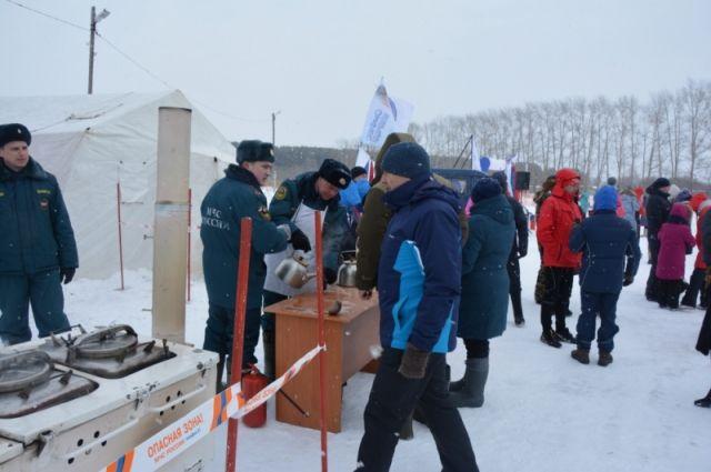 Ишимские спасатели помогли в организации ездовых соревнований