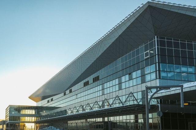 Терминал стал международным.