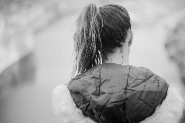 Мужчина истязал дочь-подростка в Хабаровском крае.