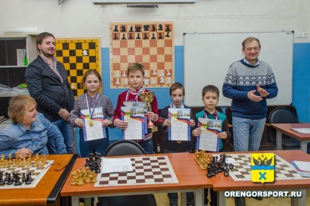 В Оренбурге прошло первенство города по шахматам.