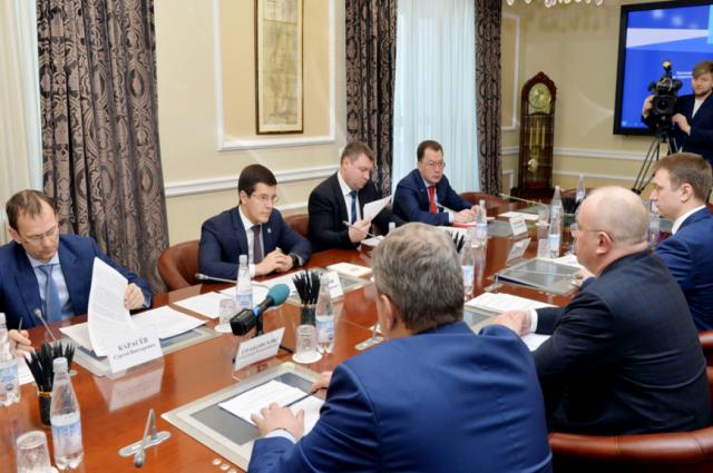 Губернатор обсудил с «Тюменьэнерго» перспективы электроснабжения Ямала