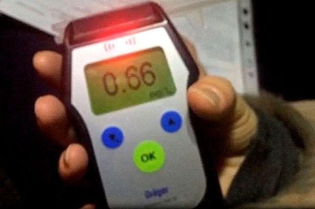 У одного из водителей алкотестер показал 0,66 промилле.