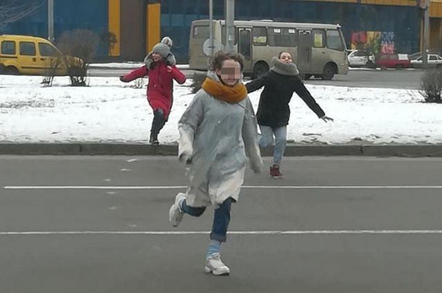 В Киеве появилась опасная подростковая игра «Беги или умри», - СМИ