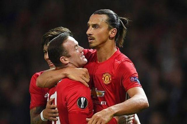 Английский Манчестер Юнайтед в рамках 1/8 финала Лиги чемпионов на Олд Траффорд примет французский ПСЖ.