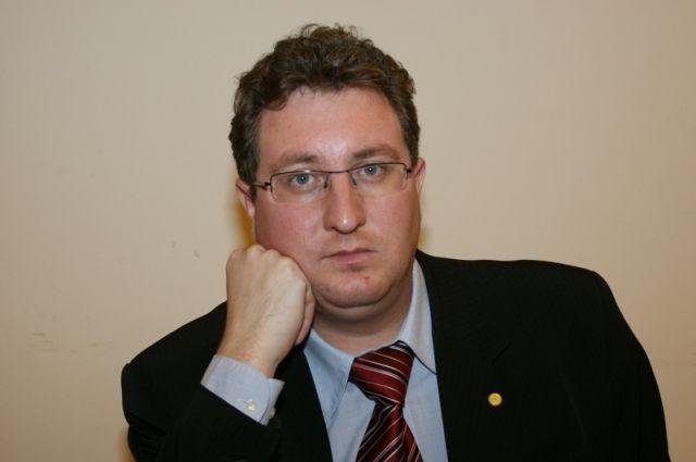 Омбудсмен выразил соболезнования семье и близким молодого человека, погибшего в военной части Чебаркуля.
