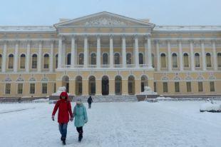 Картина и икона намокли в хранилище Русского музея из-за протекшей крыши