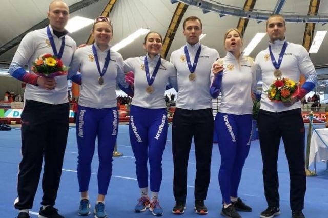 Нижегородские спортсмены заняли призовые места на чемпионате мира по конькобежному спорту.