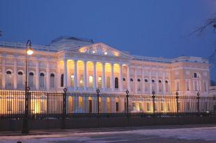 Намокшую из-за протечки кровли картину Русского музея восстановят за неделю
