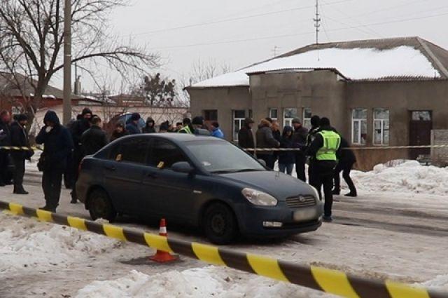 В Харькове полицейские оперативно установили личность подозреваемого в убийстве водителя такси на улице Вокзальной.