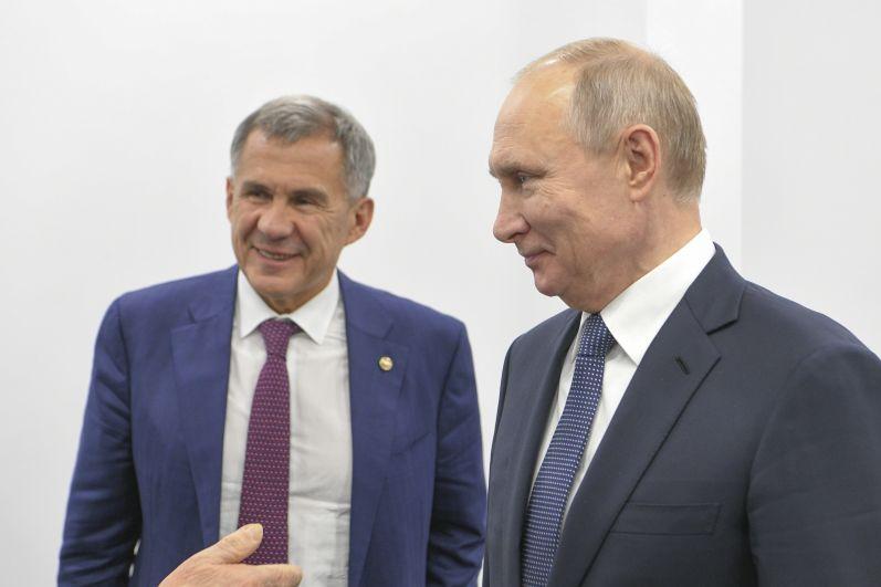"""«Вы знаете, что на федеральном уровне мы системно поддерживаем компанию """"Татнефть"""". Эта адресная поддержка обусловлена особенностью вашей ресурсной базы», - сказал Владимир Путин на церемонии запуска производства."""