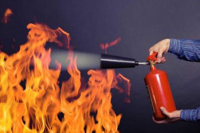 Один человек погиб при пожаре в гараже в Хабаровске.