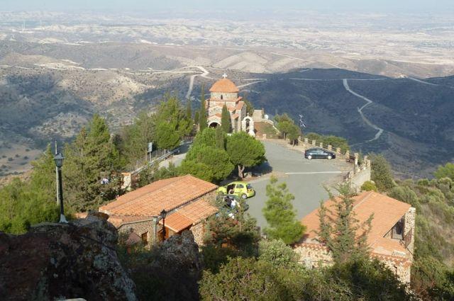 Уникальные православные монастыри и храмы Кипра: монастырь Ставровуни.