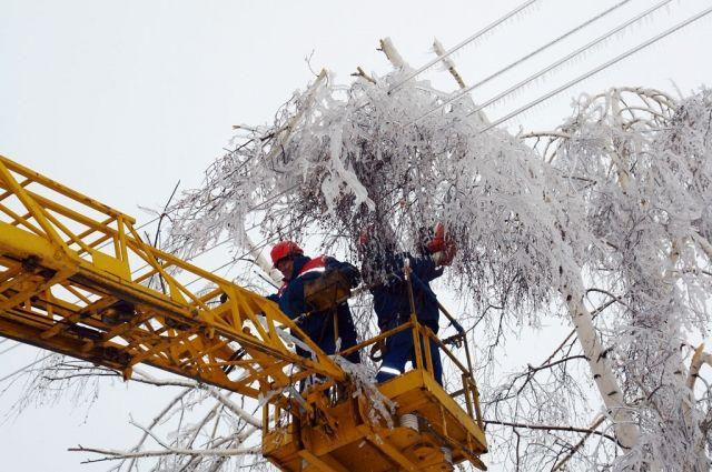 Ухудшение погодных условий в Украине привело к обесточиванию 84 населенных пунктов.