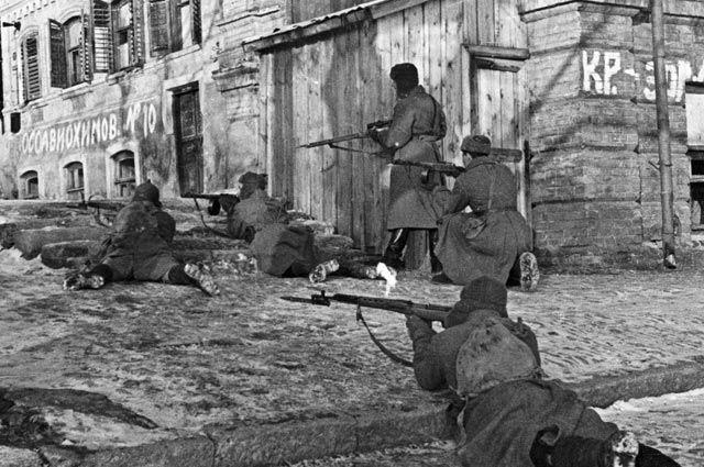 Уличные бои в городе Ростове-на-Дону в годы Великой Отечественной войны.