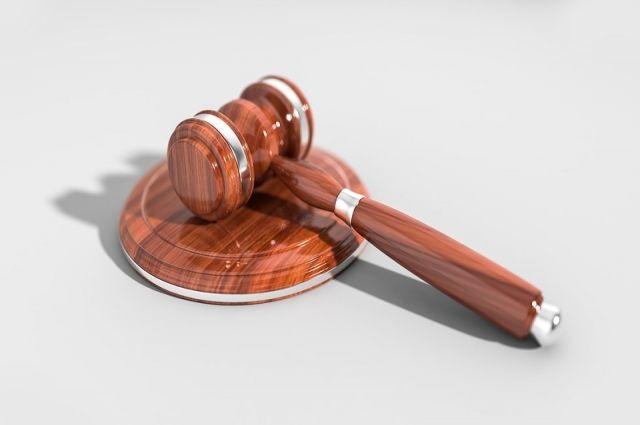 Суд отправил вора-рецидивиста в тюрьму