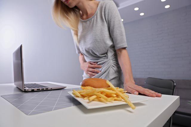 Фастфуд не виноват, от диет толку нет. Главные мифы о гастрите