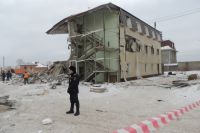 К утру спасательные работы были закончены, но развал завалов продолжался.