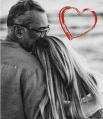 Вера Брежнева нечасто балует подписчиков фотографией со своим супругом, но в День Влюбленных решила поделиться новым снимком.