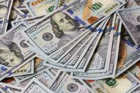 В Киеве группа аферистов выманила у пенсионерки шесть тысяч долларов