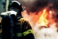 Село в Хабаровском крае охватило огнем.