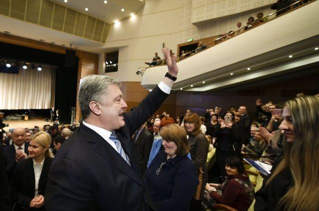 Порошенко требует извинений от русских  СМИ: «Извинитесь перед Украиной»