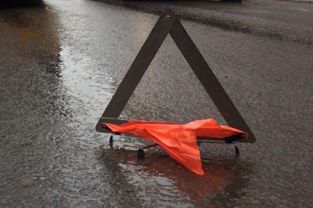 В аварии в Кировском округе Омска пострадали пять человек