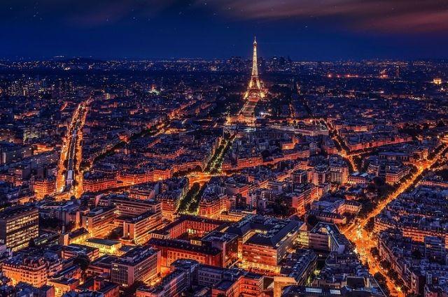 В Париже эвакуированы 1600 человек из-за бомбы времен Второй мировой войны