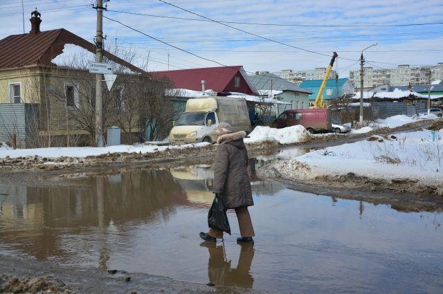 При этом угрозы изолирования населённых пунктов во время повышения воды пока нет.