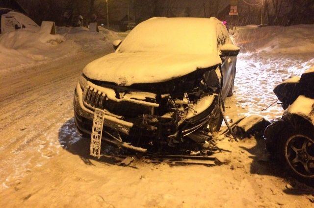 Пьяный водитель спровоцировал ДТП в микрорайоне Юбилейный.