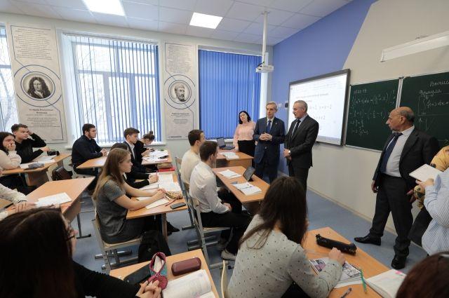 Изобретение тюменской школьницы определяет наличие нефти и газа под землей